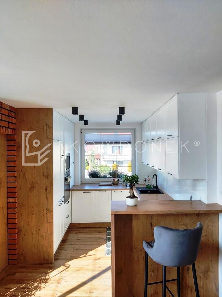 kuchnia skandynawska biały mat lancelot dąb loft jez4